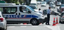 attentato Notre Dame, attentato parigi, attentato parigi martello, Parigi, terrorismo Notre Dame, uomo ucciso Notre Dame