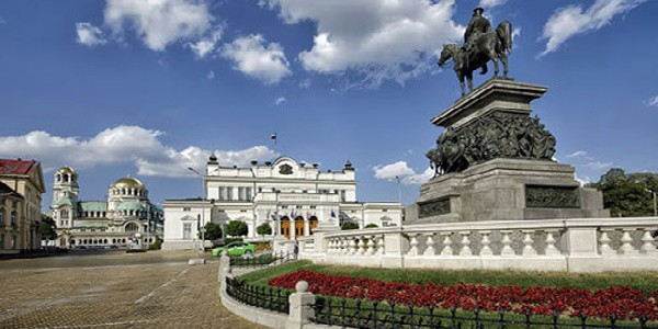 Bulgaria: vincono conservatori con 32,5%