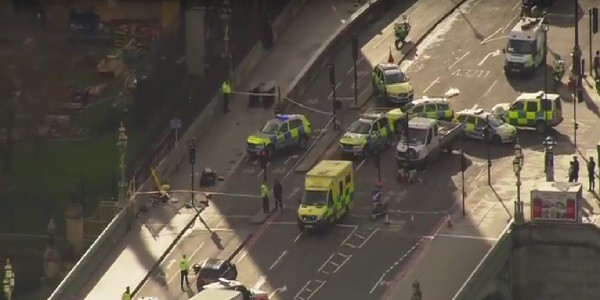 Attacco a Londra, pista terrorismo islamico: killer senza nome