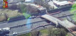 ancona, ancona crolla ponte, crollo A14, crollo Ancona, crollo ponte A14, morti crollo ponte, ponte crolla Ancona