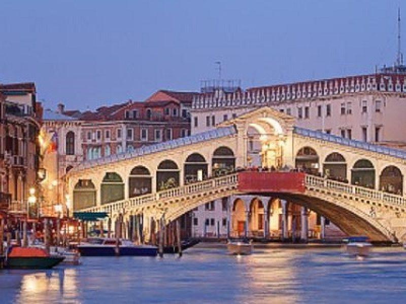 Venezia, 1.100 euro per quattro bistecche e 4 fritture