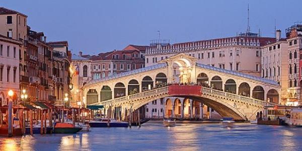 Venezia, conto 'salato' per 4 turisti giapponesi