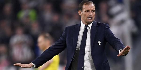 "Juventus, Allegri saluta Higuain: ""Pipita, grazie di tutto"""