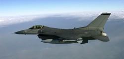 F 16 americano