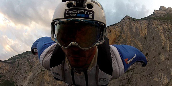 Base jumper lucchese muore in Trentino
