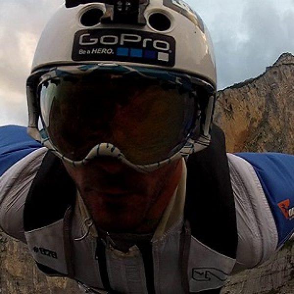 Trentino, muore un jumper durante un lancio |
