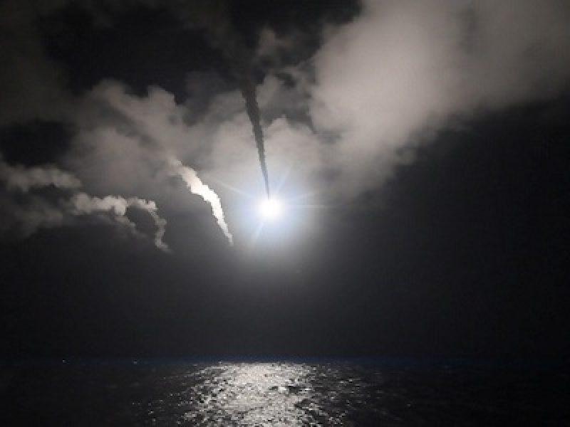 Abe contro corea del nord, attacco giappone, corea del nord, missile cielo giappone, missile corea del nord, missile Hokkaido, missile nord corea giappone