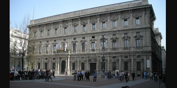Milano, arrestati tre funzionari del Comune