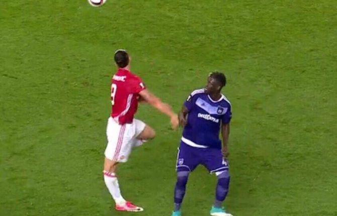 Ibrahimovic tornerà a giocare. Ok l'operazione al ginocchio destro