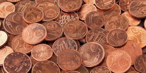 Manovra, addio alle monete da 1 e 2 cent:
