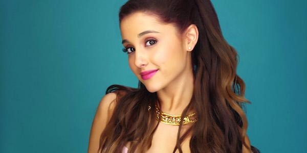 Manchester, Ariana Grande tornerà domenica | Previsto un concerto in memoria delle vittime