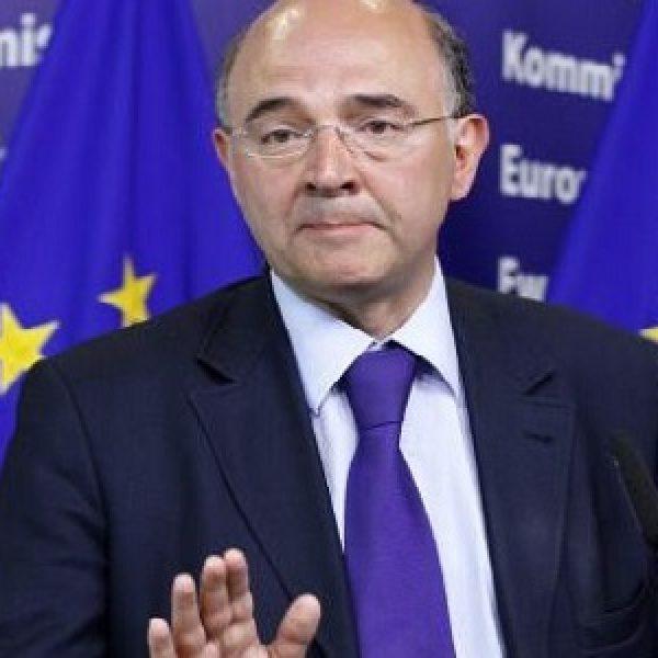 Ue, Moscovici bacchetta l'Italia:
