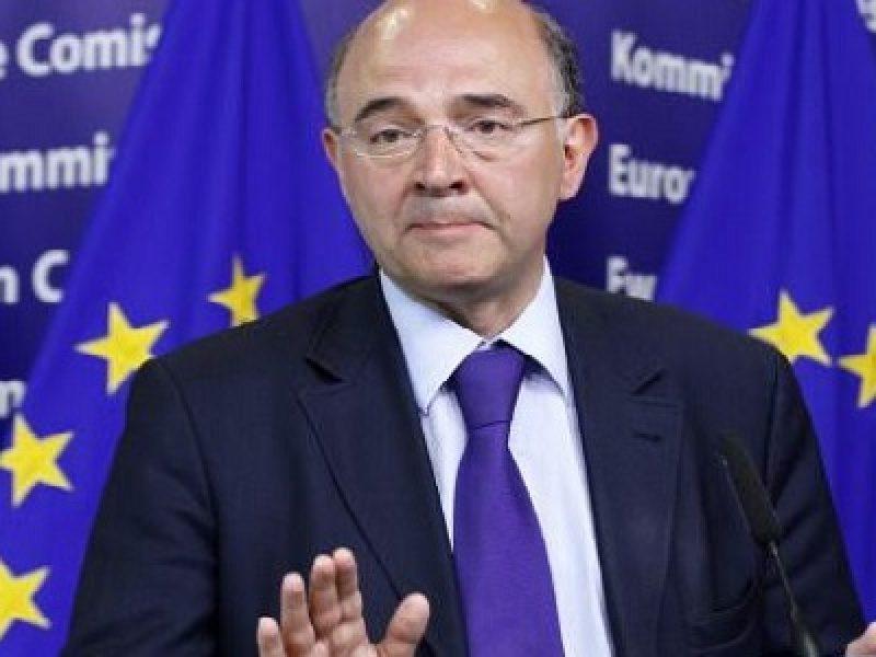 pierre moscovici, deficit, manovra, dialogo con l'Europa, Giuseppe Conte, Giovanni Tria, Commissione europea,