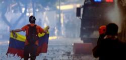 Venezuela scontri Maduro, arresti maduro, italiano arrestato Venezuela, italiano accusato terrorismo venezuela, italo venezuelano accusato terrosimo maduro