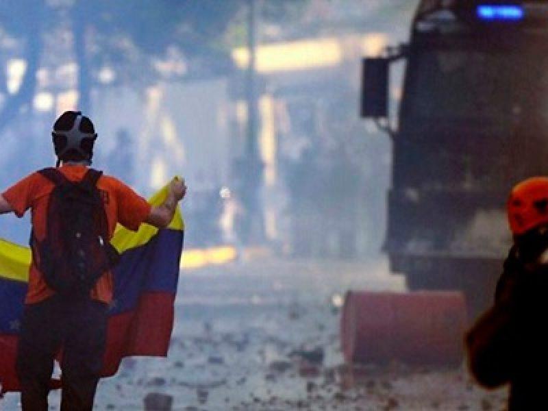 colombia contro venezuela, crisi venezuela, guerra venezuela, incontro pence santos, mike pence venezuela, usa attacco venezuela, Venezuela