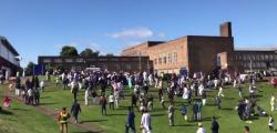 Ramadan Newcastle auto folla