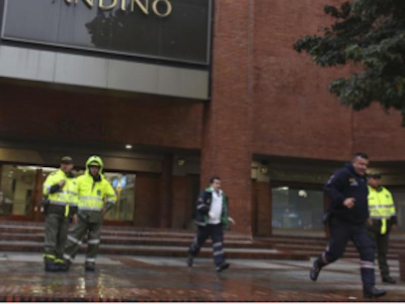 bomba Bogotà, bomba Centro Andino, bomba Colombia, Centro Andino, Colombia, Enrique Penalosa, Julie Huynh, morti Bogotà.
