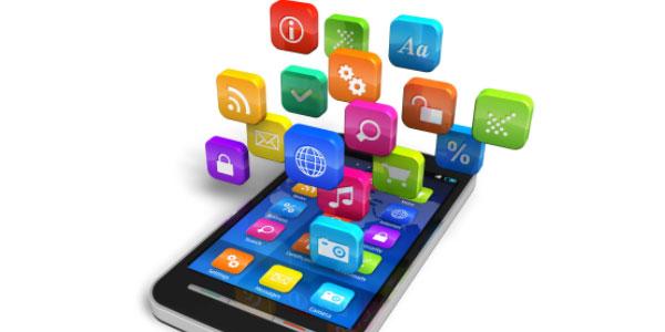 """Internet e App allungano la vita dei malati. La Rete come """"farmaco"""" per chi ha il cancro"""