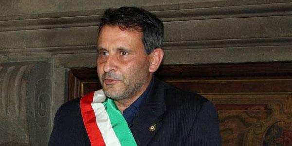 Pistoia, arrestato per peculato il sindaco di Pescia