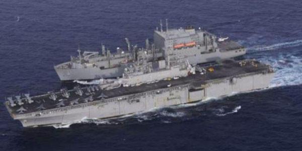 cacciatorpediniere-contro-nave-mercantile