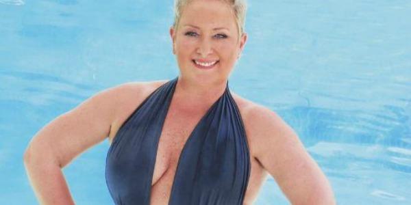 """Carolyn Smith, il cancro e lo smarrimento: """"Ho subito una mastectomia, è stata dura"""" – FOTO"""