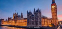 parlamento-inglese-attacco-cyberbullismo