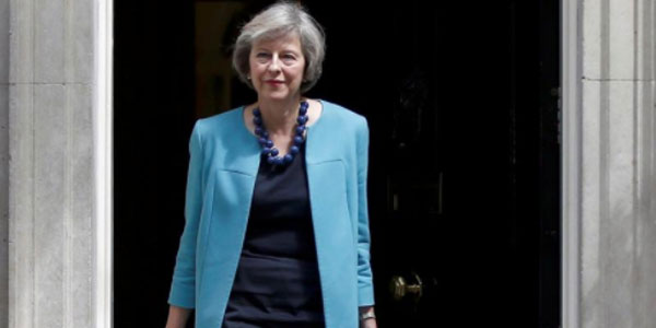 "Brexit, il Governo vota ""sì"" all'intesa. La May: ""Non è stato facile"""