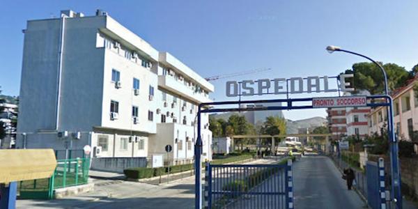 Blitz in un ospedale di Caserta, arrestati 8 funzionari per corruzione