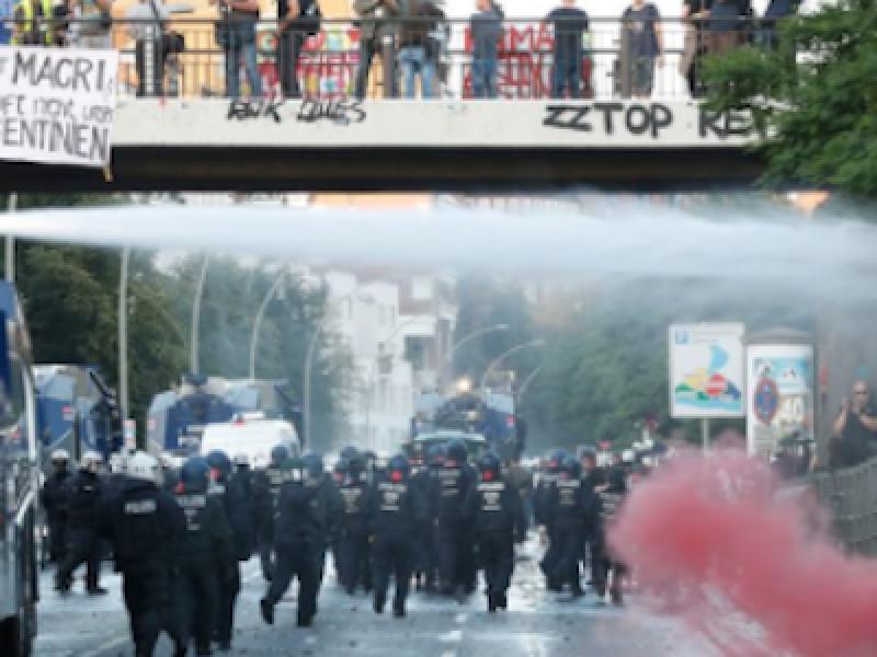 black bloc, black bloc Germania, G20 amburgo, g20 germania, scontri amburgo, vertice amburgo