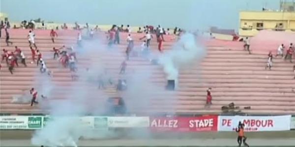 crollo muro stadio Dakar, incidenti Dempa Diop, morti Dakar, morti Senegal, morti stadio Dakar, scontri Dakar, scontri Senegal, Senegal