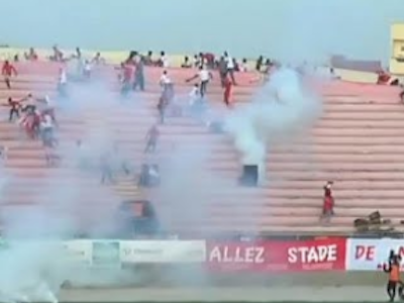 crollo muro stadio Dakar, incidenti Dempa Diop, morti Dakar, morti Senegal, morti stadio Dakar, scontri Dakar, scontri Senegal, Senegal