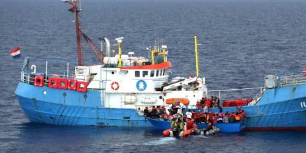 Catania, Zuccaro sequestra una nave della Ong spagnola