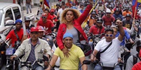 Venezuela: s'insedia la Costituente di Maduro, nuove violenze a Caracas