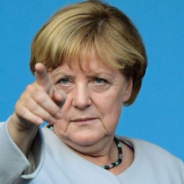 Davos, la Merkel a Trump: