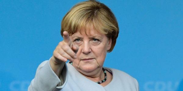 "Dazi Usa, Merkel-May-Macron: ""Pronti a difenderci"""