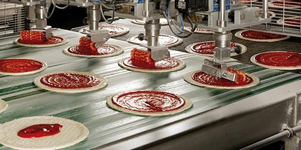 Pordenone, maxi incendio al colosso delle pizze Roncadin. Il fondatore