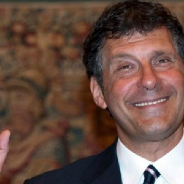 Fabrizio Frizzi è morto, fatale una emorragia cerebrale