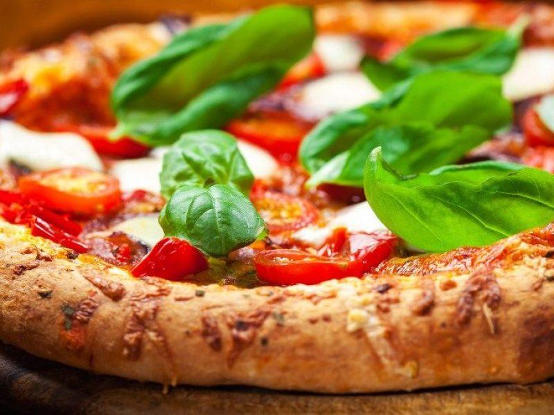 Roma. Città della Pizza 2018, pizza, Margherita, Marinara, 50 maestri pizzaioli a Roma da tutta Italia, cento pizze differenti alla Città della Pizza 2018, eventi su pizza, impasto, lievitazione, tanti tipi di pizza proposti a roma, 6-8 aprile weekend della pizza a Roma, cosa fare a Roma nel weekend,