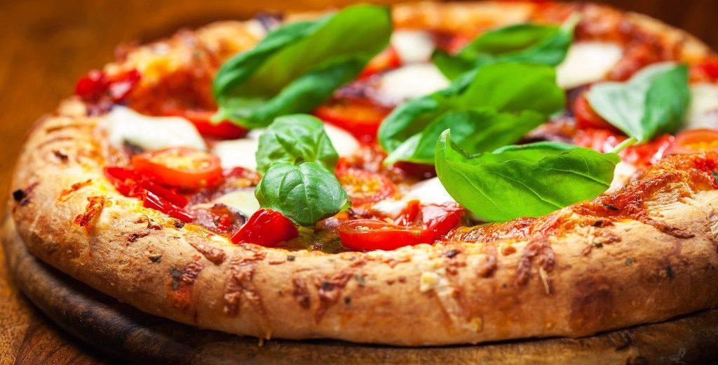 Giornata mondiale della pizza, in Italia se ne sfornano 8 milioni al giorno