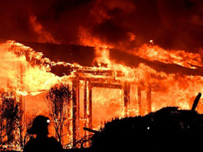 17 morti california, bilancio morti California, california, incendi california, morti incendi california, sfollati california