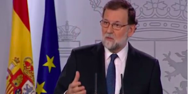 La Catalogna dichiara l'indipendenza dalla Spagna