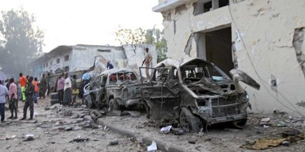 Mogadiscio, concluso l'assedio all'hotel|30 ostaggi liberati, uccisi 3 terroristi