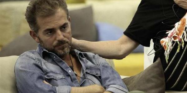 Grande Fratello Vip, Daniele Bossari lascia la Casa per gravi motivi personali