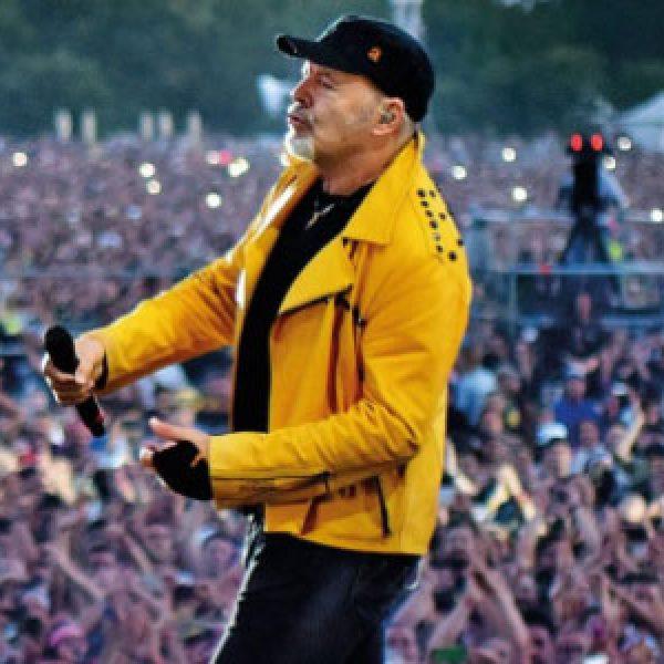 """""""Non stop Live"""", Vasco Rossi torna a cantare negli stadi"""