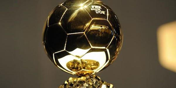 Pallone d'Oro, Cristiano Ronaldo trionfa ancora | Quinto titolo e aggancio all'eterno rivale Messi