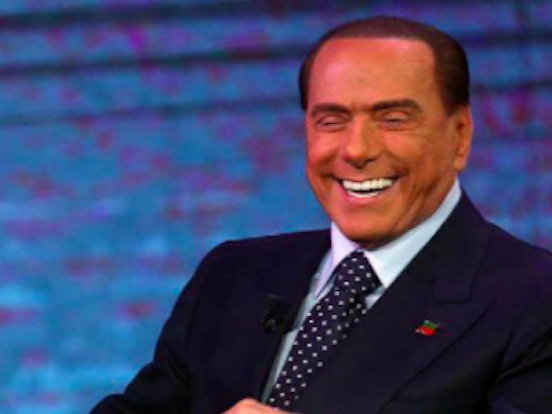 Berlusconi alleanze Pd Berlusconi immigrazione Berlusconi Macerata Berlusconi razza berlusconi salvini Berlusconi Segre