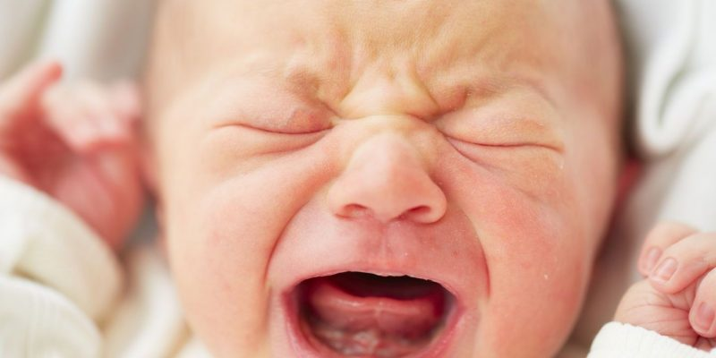 """""""Sindrome del bambino scosso"""": in Italia il primo spot informativo"""