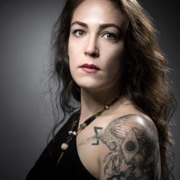 Non solo tatuaggi: la strage del Bataclan sulla pelle dei sopravvissuti