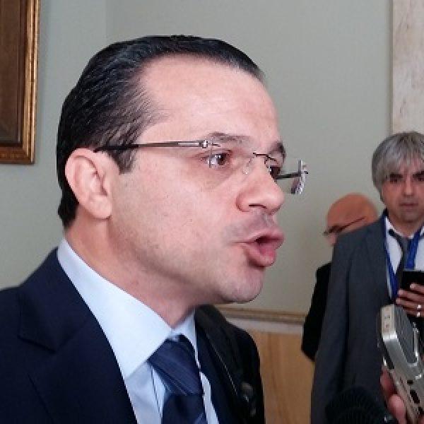 """Sicilia, De Luca: """"Politica non deve fare processi""""  """"Mi auguro che sia una legislatura di concretezza"""""""