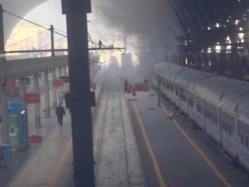 incendio milano, incendio stazione centrale, incendio stazione milano, incendio treno stazione —